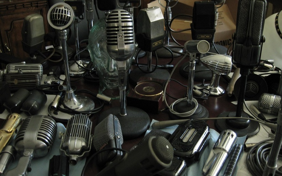 buying a used microphone